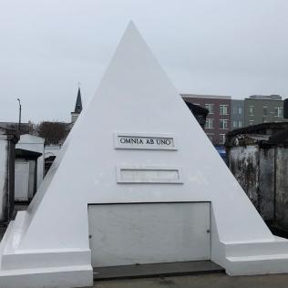 Nicolas Cage's burial plot